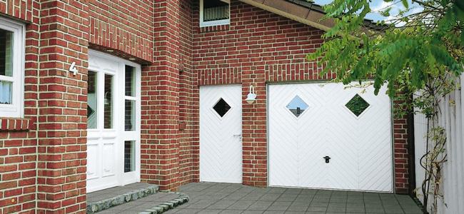 Garagentor mit fenster  Fenster, Türen, Wintergärten, Garagentore | Schlosserei Gerd Schäfer
